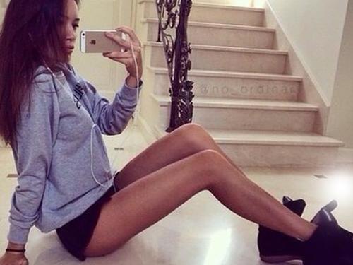 Jak optycznie wyszczuplić i wydłużyć nogi