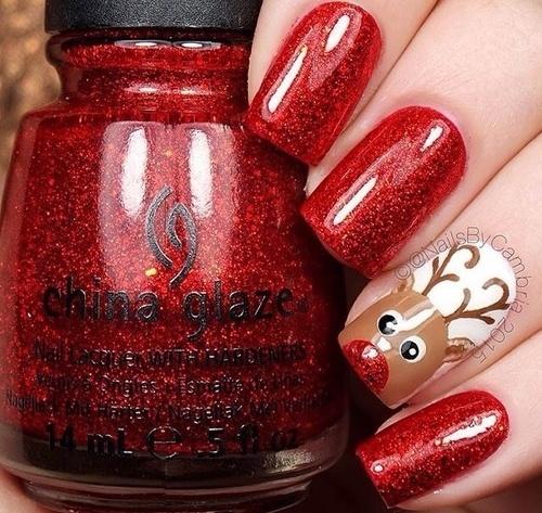 Świąteczny manicure