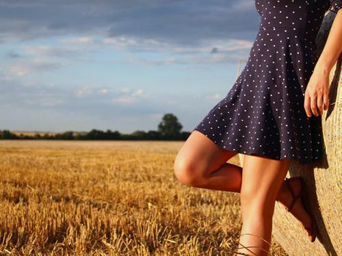 Domowe sposoby na suche łokcie i kolana