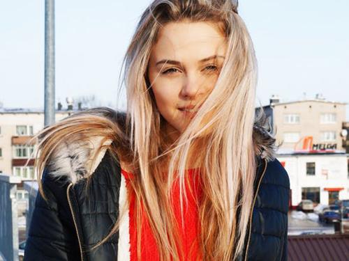 proste włosy bez użycia ciepła