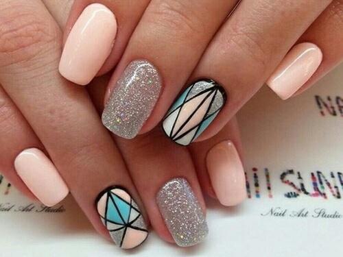 Jaki kształt paznokci jest dla Ciebie najlepszy?
