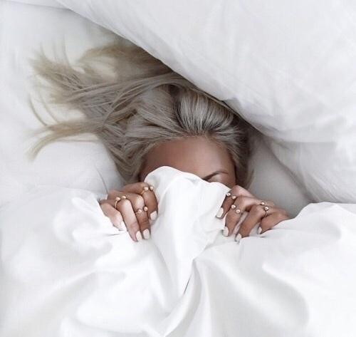 Pielęgnacja włosów w czasie snu