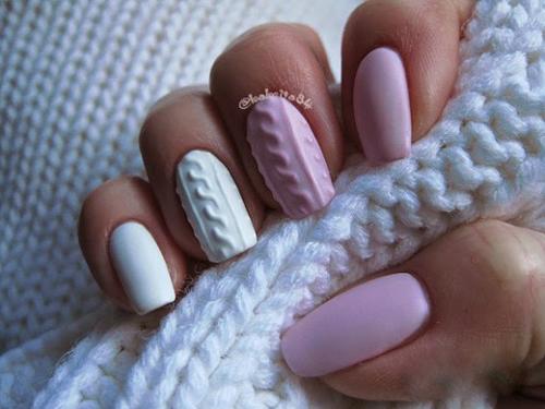 Zimowy manicure