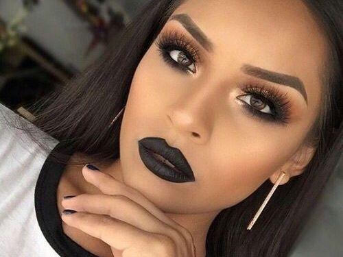 Makijaż dla blisko i daleko osadzonych oczu