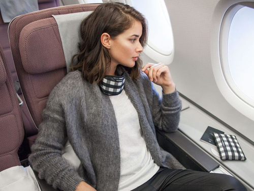 Pielęgnacja skóry podczas lotu samolotem