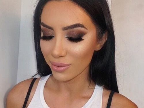 Jak zrobić idealne smoky eyes?