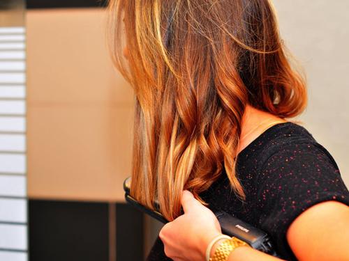Tanie i skuteczne produkty do stylizacji włosów