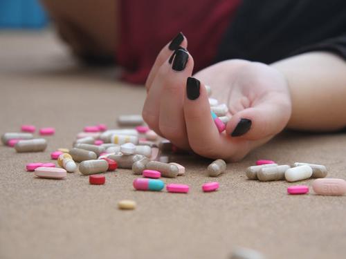 Przedawkowanie leków przeciwbólowych
