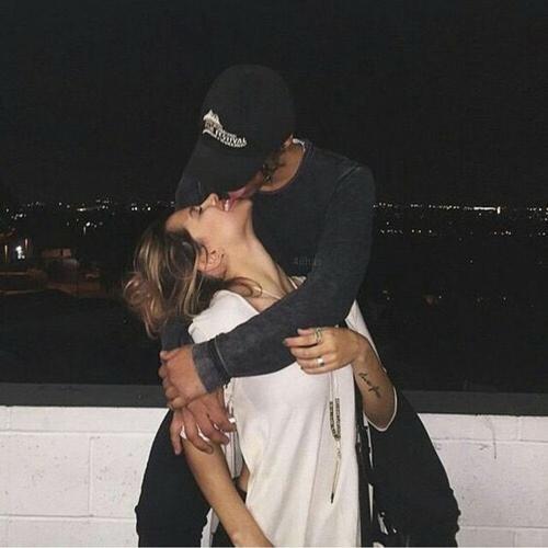 całowanie na pierwszej randce