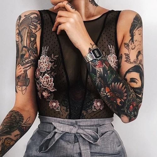 tatuaże z motywem kwiatowym