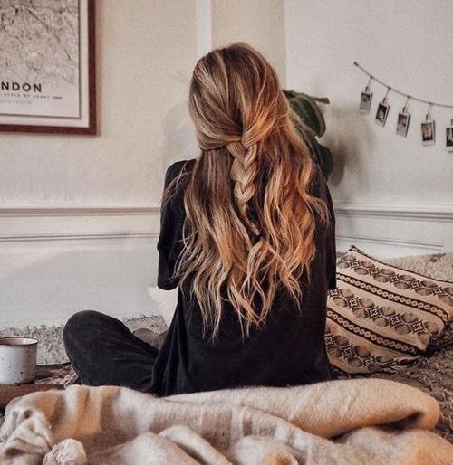 fryzury dla kręconych włosów