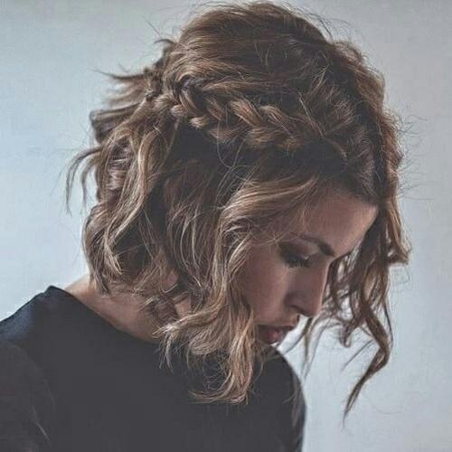 Dziewczęce fryzury dla krótkich włosów