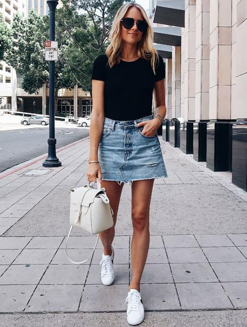 stylizacje z jeansową spódnicą