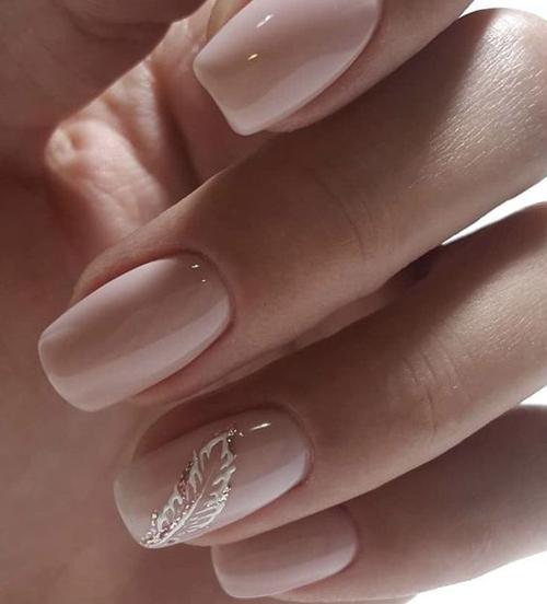 pomysły na paznokcie nude