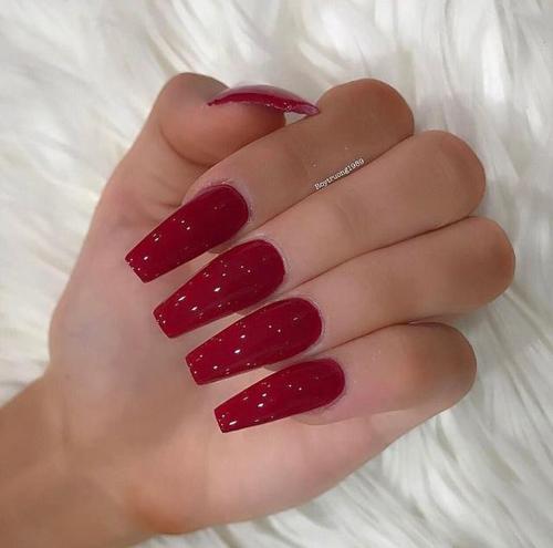 pomysły na czerwone paznokcie