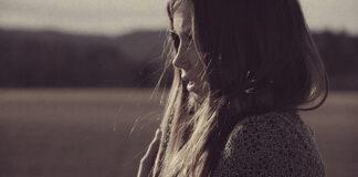 """""""Chłopak ze mną zerwał, a ja wciąż go kocham..."""""""