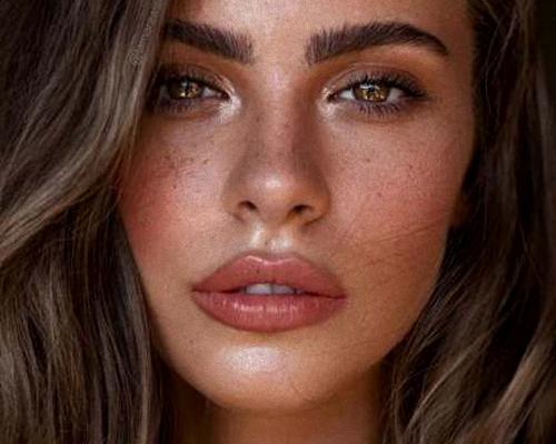 Makijaż brwi dla początkujących