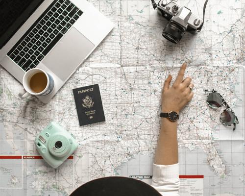Które gry online sprawdzą się w podróży?