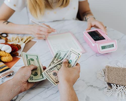 Skuteczny trik na oszczędzanie pieniędzy!