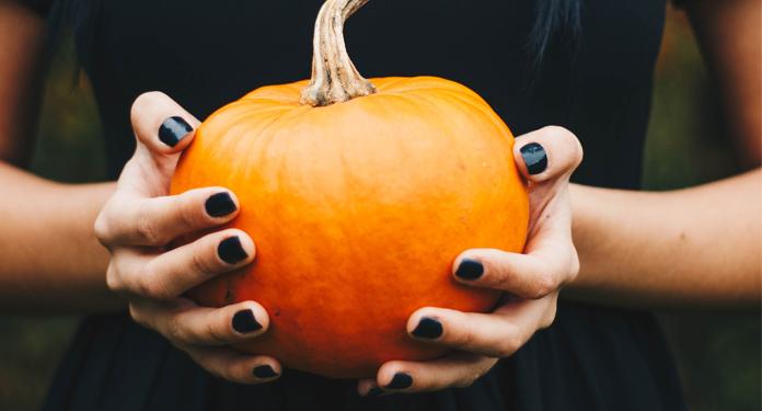 TOP lakiery do paznokci w jesiennych kolorach